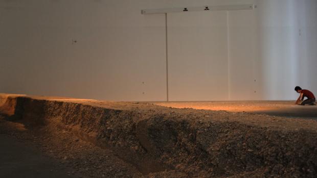 Teresa Margolles, 'La Promesa', em exposição no MUAC, México, 2012. Cortesia da artista e do MUAC.