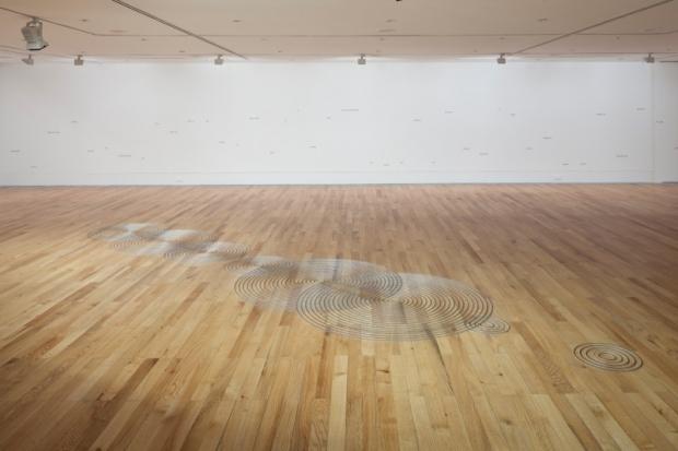 Vista da exposição Amplitude de Angela Detanico e Rafael Lain, no Museu Coleção Berardo. Fotografia- David Rato, 2013. Cortesia de Museu Coleção Berardo, 2013