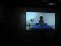 Raquel Melgue, PS103ART001, da série Pirate Mind Station, 2010 video HD, cor, som, 10'29, loop.
