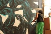 artista Pantone, a preparar a exposição IRA @ KINGDOM, Lisboa, 2013. fotografia: © Hugo Alexandre Cruz