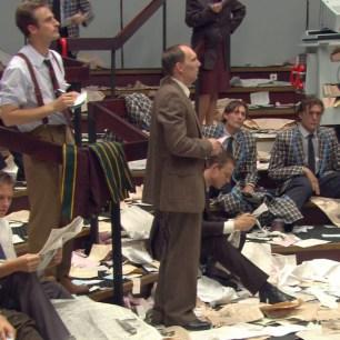 Aernout Mik: Middlemen (2001). Single channel video installation. Courtesy: carlier | gebauer, Berlin. Video still.Courtesy Stedelijk Museum, 2013.