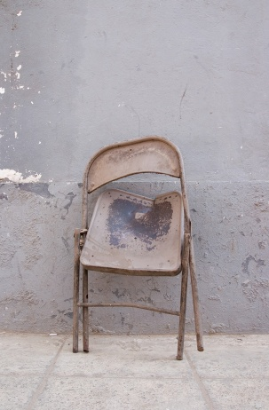 Edson Chagas, da série 'Found Not Taken'. Luanda, Encyclopedic City, Pavilhão da República de Angola, 55th Exposição Internacional de Arte - La Biennale di Venezia. Cortesia do artista e beyond Entropy.