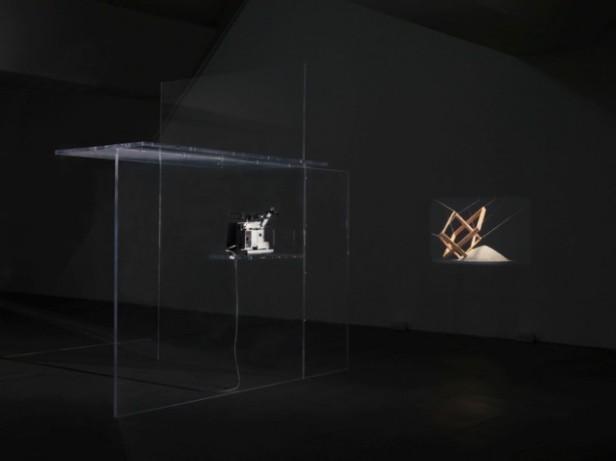 Bojan Šarčević, The Breath Taker is The Breath Giver (Film C), 2009. Super 16mm film, sound, colour; perspex 300 × 300 × 200 cm. Courtesy of the artist and Modern Art, London.