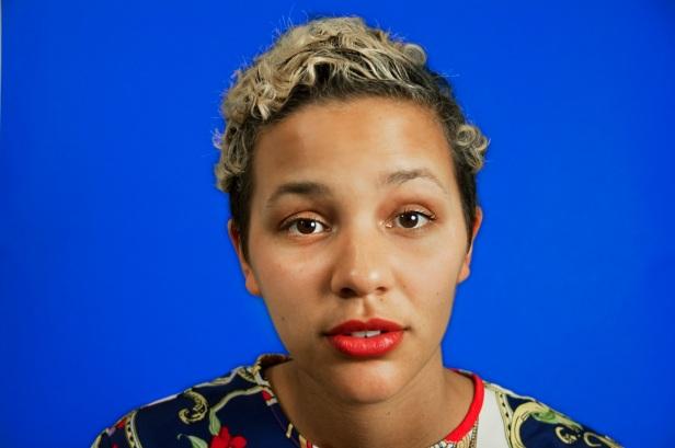 Sara Amido, When I'm Explaining Something to You, (Still), 2011, HD Vídeo, duração: 9:16 mins. Cortesia 3+1, Lisboa, 2013.