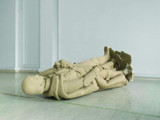 André Romão, O inverno do (nosso) descontentamento, 2010, escultura. Cortesia FUSO – Anual de Vídeo Arte Internacional de Lisboa 2013.