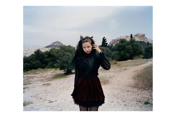 Da série 'Jovens de Atenas', Pauliana Valente Pimentel, 2013Fotografia, 80 x 98 cm. Cortesia da artista e da Galeria das Salgadeiras.