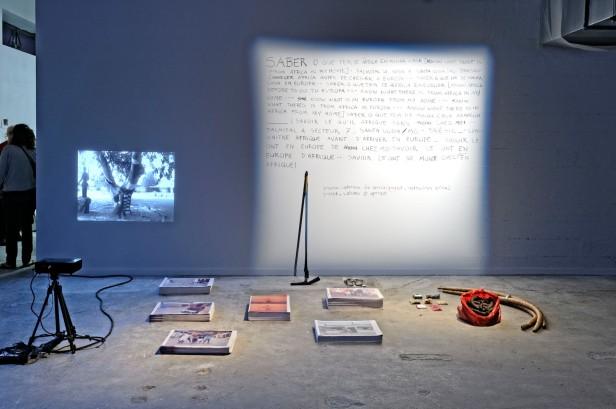 Paulo Nazareth, Cadernos de Africa, 2013. Cortesia da artista e da Biennale de Lyon.