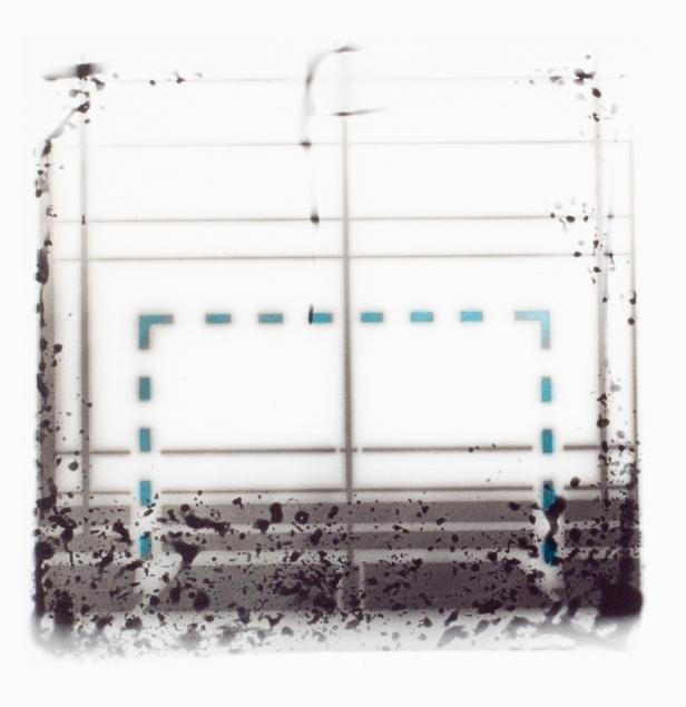Nuno Tomás, 165/96/S (b) Provas, gelatina e sais de prata s/ papel baritado, toner azul. 24 x 29 cm. 2011. Cortesia Arquivo Municipal Fotográfico de Lisboa.