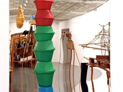 Susanne Themlitz (1966) Oh la la… oh la balançoire/Microcosmos tentacular, 2004. Dimensões variáveis © Susanne Themlitz. Cortesia Culturgest.