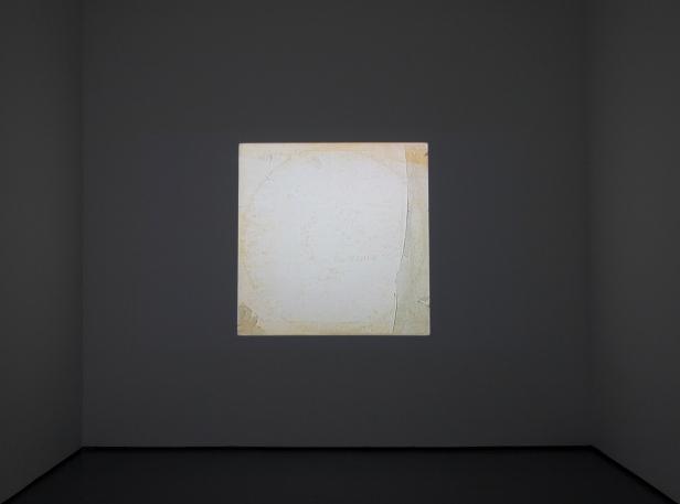 Rui Valério, 'White Noise' (instalação vídeo com som) 2009. © Rui Valério. Cortesia do artista.