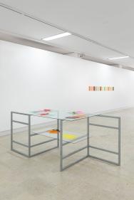 Vista da exposição 'Around' de Rui Horta Pereira, Galeria Quadrum, Lisboa. Fotografia da exposição © Bruno Lopes