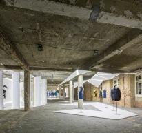 vista da exposição Felipe Oliveira Baptista no MUDE, Lisboa, 2013-2014. ©MUDE 2013 Fernando Guerra.