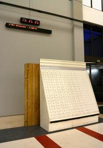 Instalação de Carlos No, (hall) Exposição 'Sob o Signo de Amadeo - Um Século de Arte'. CAM-Fundação Calouste Gulbenkian, 2013-2014.