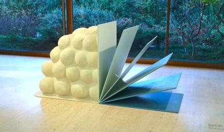 Tim Scott, Pavan. (nave) Exposição 'Sob o Signo de Amadeo - Um Século de Arte'. CAM-Fundação Calouste Gulbenkian, 2013-2014.