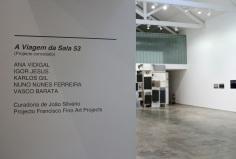 vista da exposição 'A Viagem da Sala 53' na Baginski, Galeria | Projectos (Lisboa).