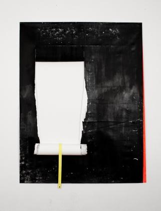 Rui Horta Pereira, REMANESCENTE (desenhos) #05, tinta da china e acrílico sobre papel, 155x118x 6 cm, 2011.REMANESCENTE (desenhos) #05, tinta da china e acrílico sobre papel, 155x118x 6 cm, 2011. Cortesia do artista.