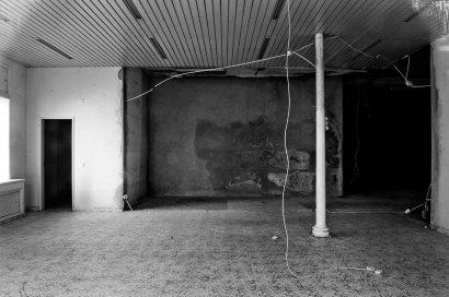 Augusto Brázio, do livro 'Vende-se'. Cortesia do artista e Ghost Editions