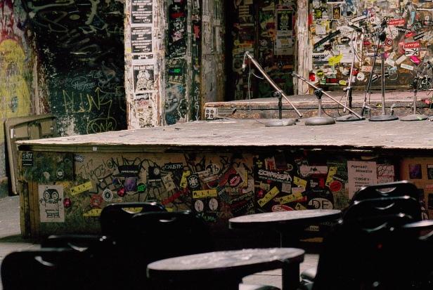Tim Etchells, Detail CBGBs, New York, 2005. Da série Empty Stages.