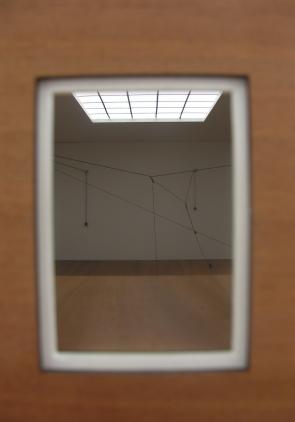 Teresa Henriques, (pormenor) exposição 'Prospecto' na Galeria Pedro Oliveira (Porto). Cortesia da artista e da Galeria Pedro Oliveira.