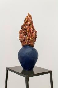 Musa paradisiaca, Pote, 2014, breu pintado, 65 x 26 x 26 cm Foto: Cortesia dos artistas e 3+1 Arte Contemporânea, Lisboa.