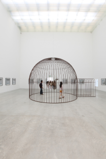 Jeppe Hein, Cage and Mirror, 2011. Stainless steel, mirror and suspension. Courtesy the artist and CAM-FCG.