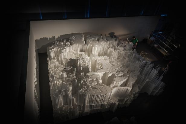 Alexandre Farto (Vhils), Dissecção, Museu da Electricidade, Fotografia: Silvia Lopes. Cortesia Fundação EDP.