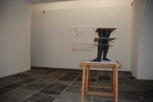 Vista da exposição 'Terra Incognita' de Julião Sarmento, Galeria Fonseca Macedo. Cortesia do artista e Galeria Fonseca Macedo, 2014.