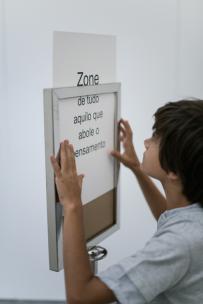 Mark Themann, Zone, Instalação| Performance @ Empty Cube. Fotografia Pedro Tropa. Cortesia Empty Cube.