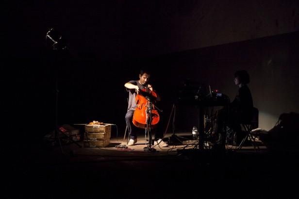 Ricardo Jacinto, Explodido 2014. Concerto Instalação. . Exposição 'da fábrica que desvanece à baía do tejo'. Fotografia Jorge Graça.