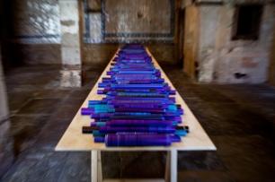 vista da exposição (site-specific) Renato Bezerra de Mello, Carpe Diem Arte e Pesquisa, Lisboa, 2014. Cortesia da artista e CDAP. Fotografia Oxana Ianin.