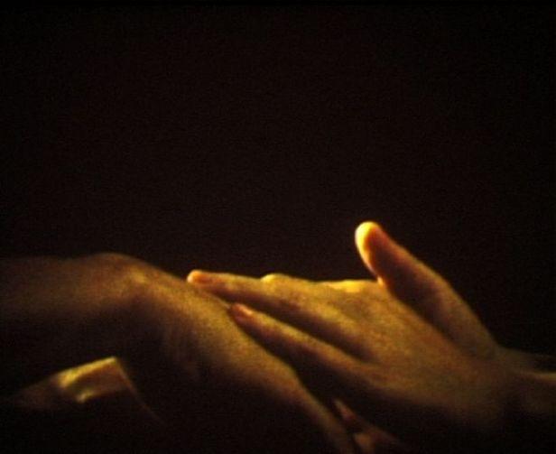 Sara & André, Mãos, 2014. Filme Super 8, cor, sem som, 3' 26''. Cortesia dos artistas e MNAC.
